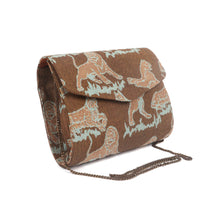 Load image into Gallery viewer, Animal Printed Clutch