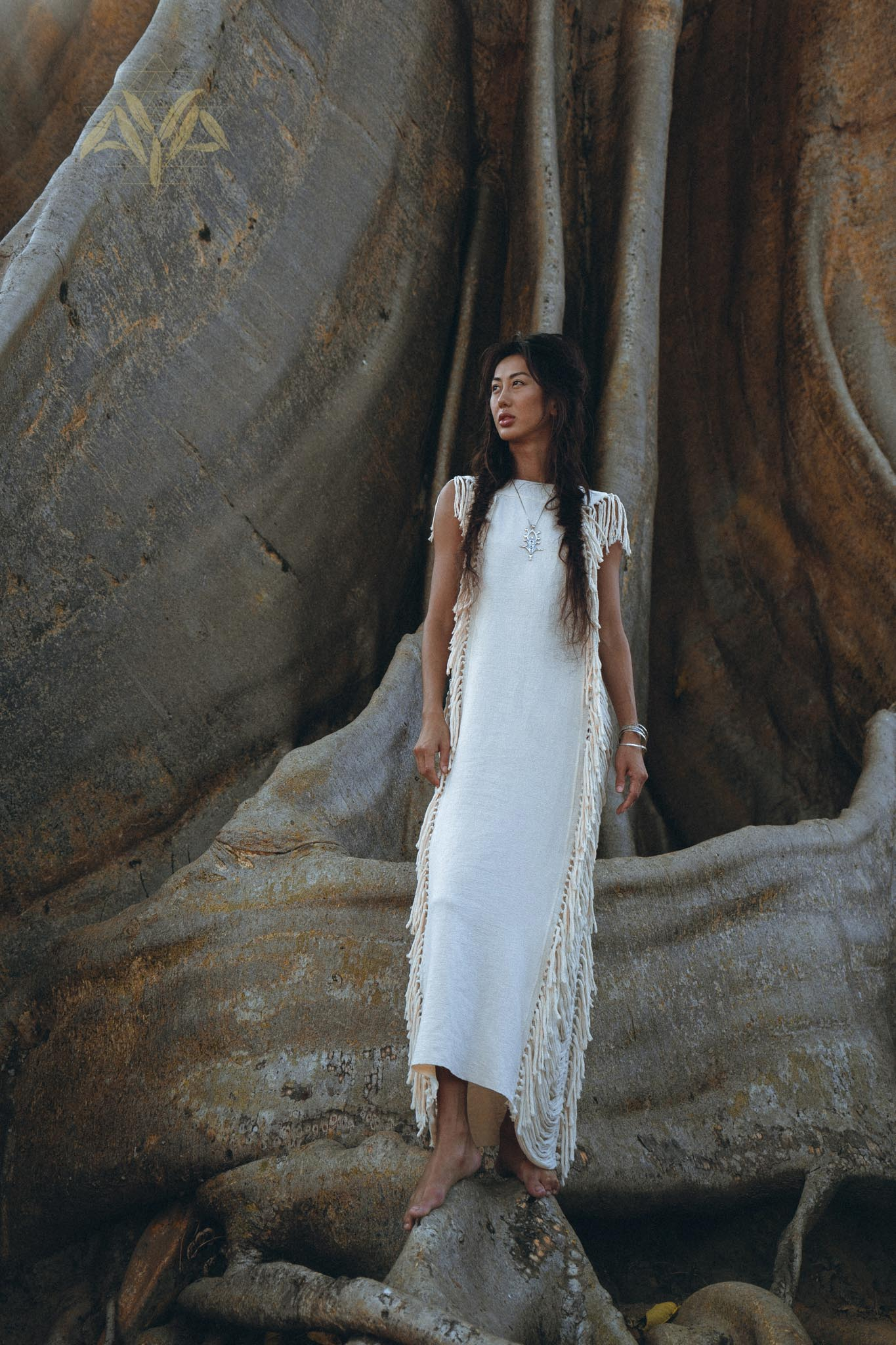 Brand New! Boho Wedding Dress, Bohemian Wedding Dress Hand Loomed with Tassels - aya.eco