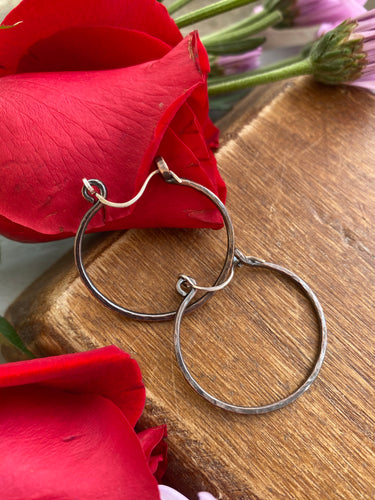 Handmade hammered, copper metal hoops, small size, earrings