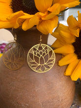 Load image into Gallery viewer, Lotus flower gold metal round hoop earrings