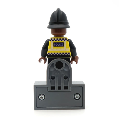 LEGO magnet to display your custom minifigure