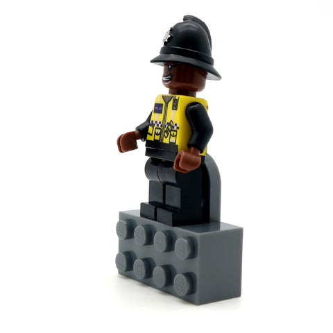 LEGO Magnet for displaying your minifigure