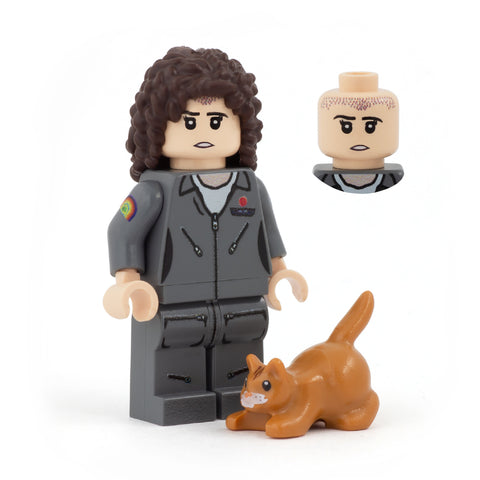 Ellen Ripley and Jonesy the cat (Nostromo Crew, Aliens the Movie) - Custom Design LEGO Minifigure and LEGO Cat