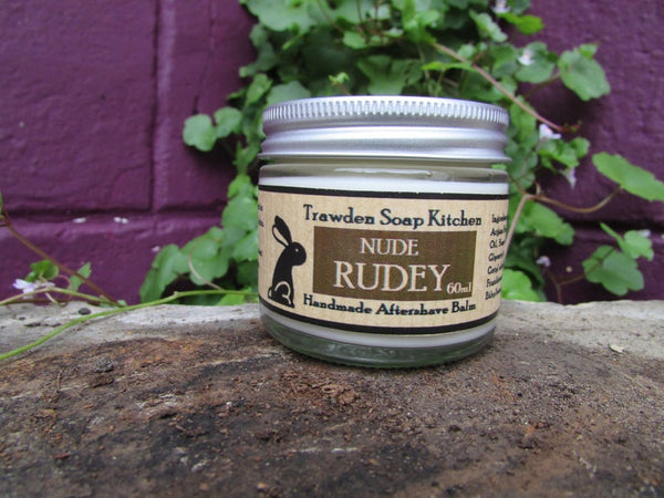 eco-friendly-aftershave-balm