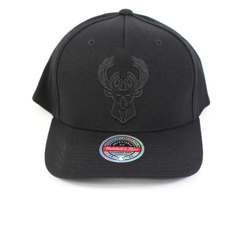 Mitchell and Ness Milwaukee Bucks Black Black Logo Redline Snapback