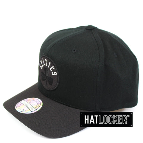 Mitchell & Ness Boston Celtics Black Kevlar 110 Precurved Snapback