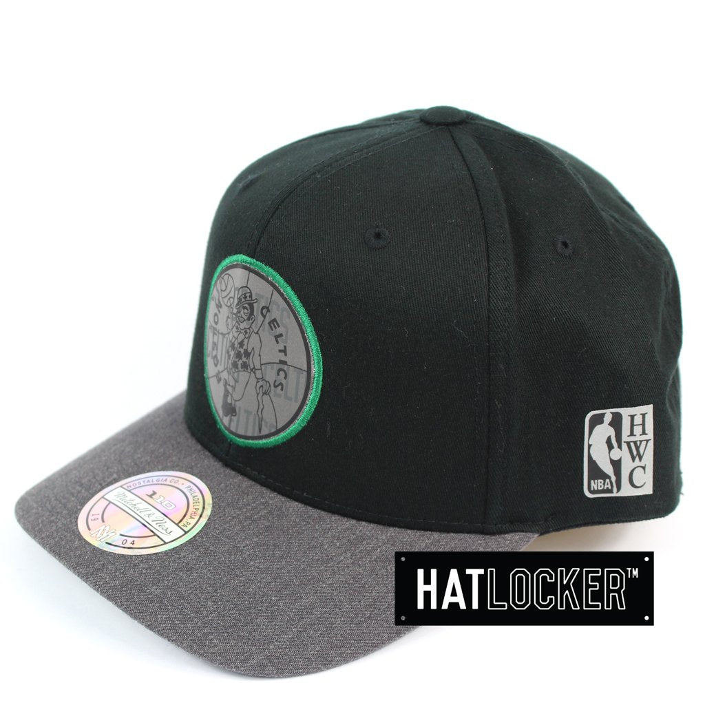 Mitchell & Ness Boston Celtics Reflective Duo II Curved Snapback