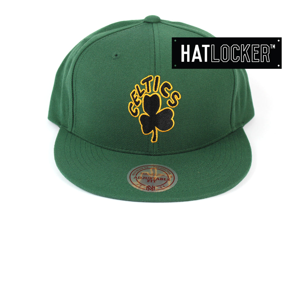 Mitchell & Ness Boston Celtics Retro Crown Throwback Snapback