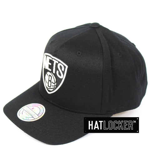 Mitchell & Ness Brooklyn Nets Colour Logo 110 Curved Snapback
