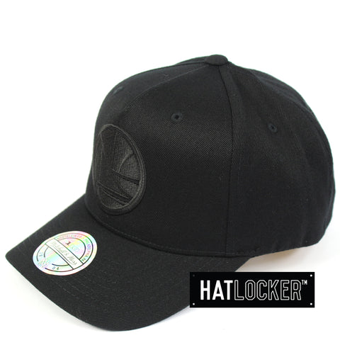 new style 9800d e8c33 Mitchell   Ness Golden State Warriors All Black Logo Curved Snapback