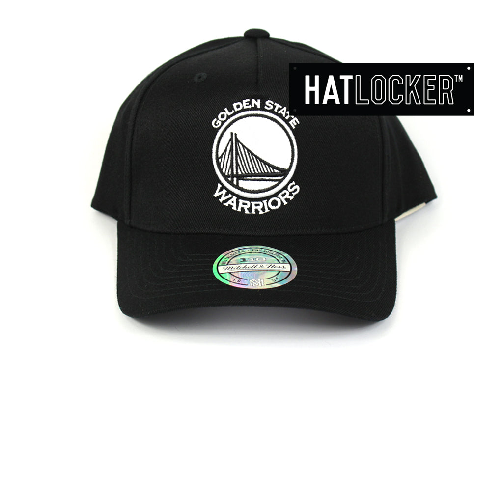 cute many styles entire collection Mitchell & Ness - Golden State Warriors BW Logo 110 Curved ...