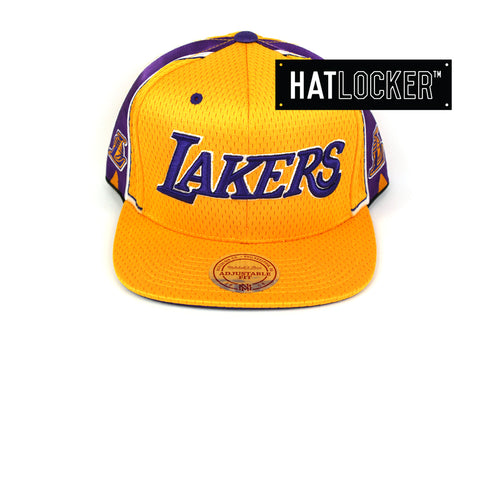 fb93af2a2307 Mitchell   Ness LA Lakers Jersey Hook Mesh Snapback Cap