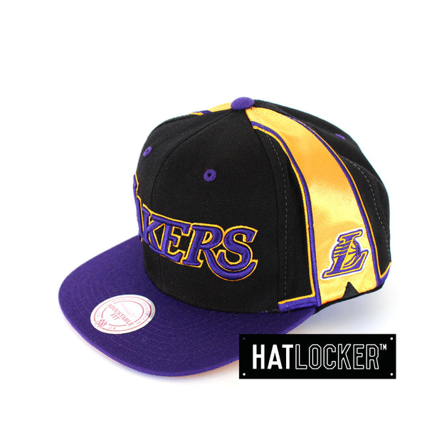 Mitchell & Ness LA Lakers Team Short Snapback
