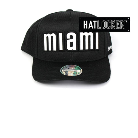 df3cc1ca866 Mitchell   Ness Miami Heat Icon 110 Curved Snapback Hat