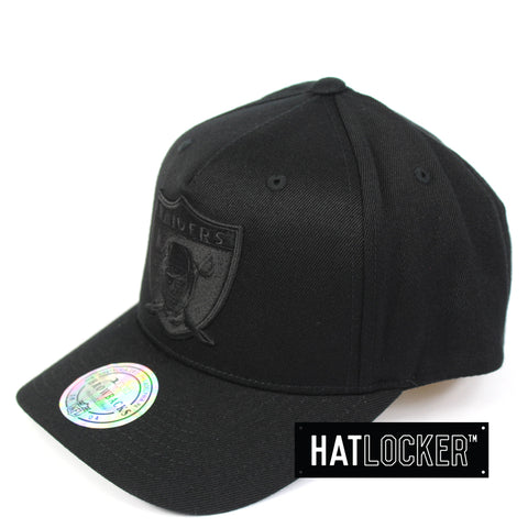 Mitchell & Ness Oakland Raiders All Black Logo Curved Snapback