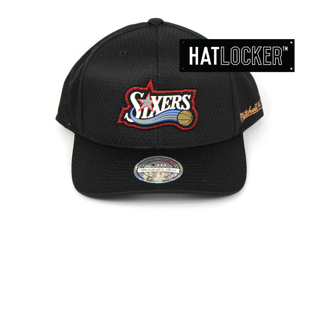 Mitchell & Ness Philadelphia 76ers Icon 110 Curved Snapback
