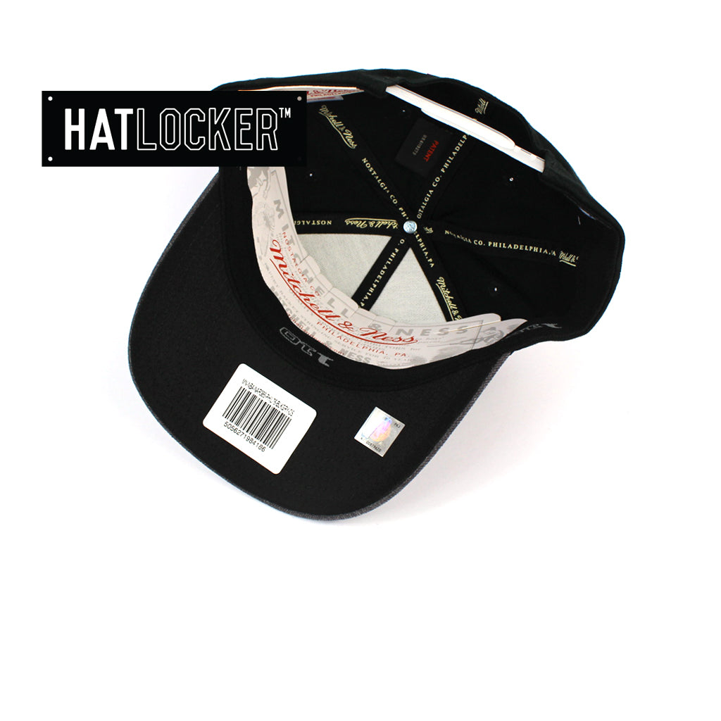Mitchell & Ness Chicago Bulls Reflective Duo II Curved Snapback