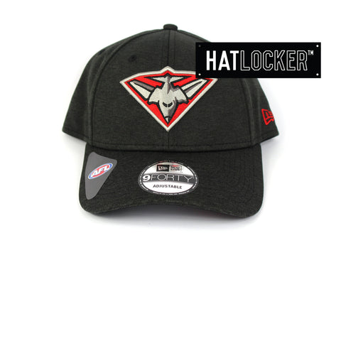 New Era Essendon Bombers 2019 Shadow Tech Curved Snapback