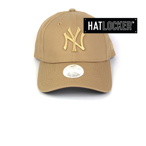 New Era Women's New York Yankees Camel Curved Brim