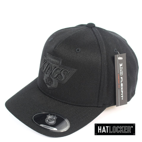 Mitchell & Ness LA Kings Black On Black Crest 110 Curved Snapback