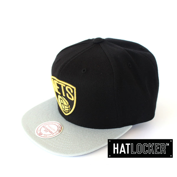 mitchell-ness-brooklyn-nets-gold-logo-strapback