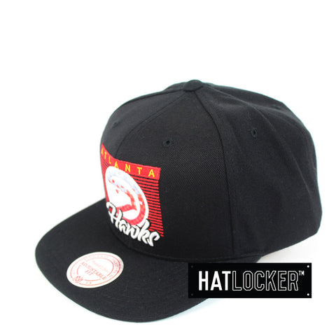 dc1f794beb9 Mitchell   Ness - Atlanta Hawks Easy Three Digital Snapback