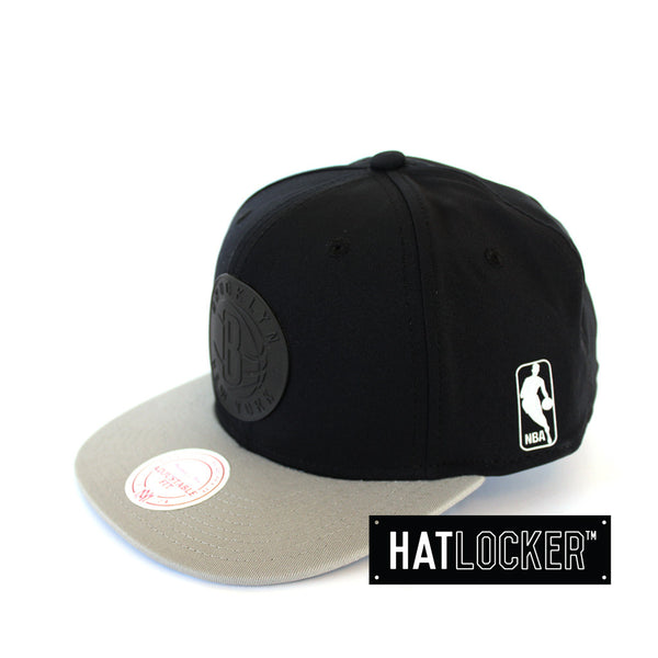 Mitchell & Ness - Brooklyn Nets Tract Snapback