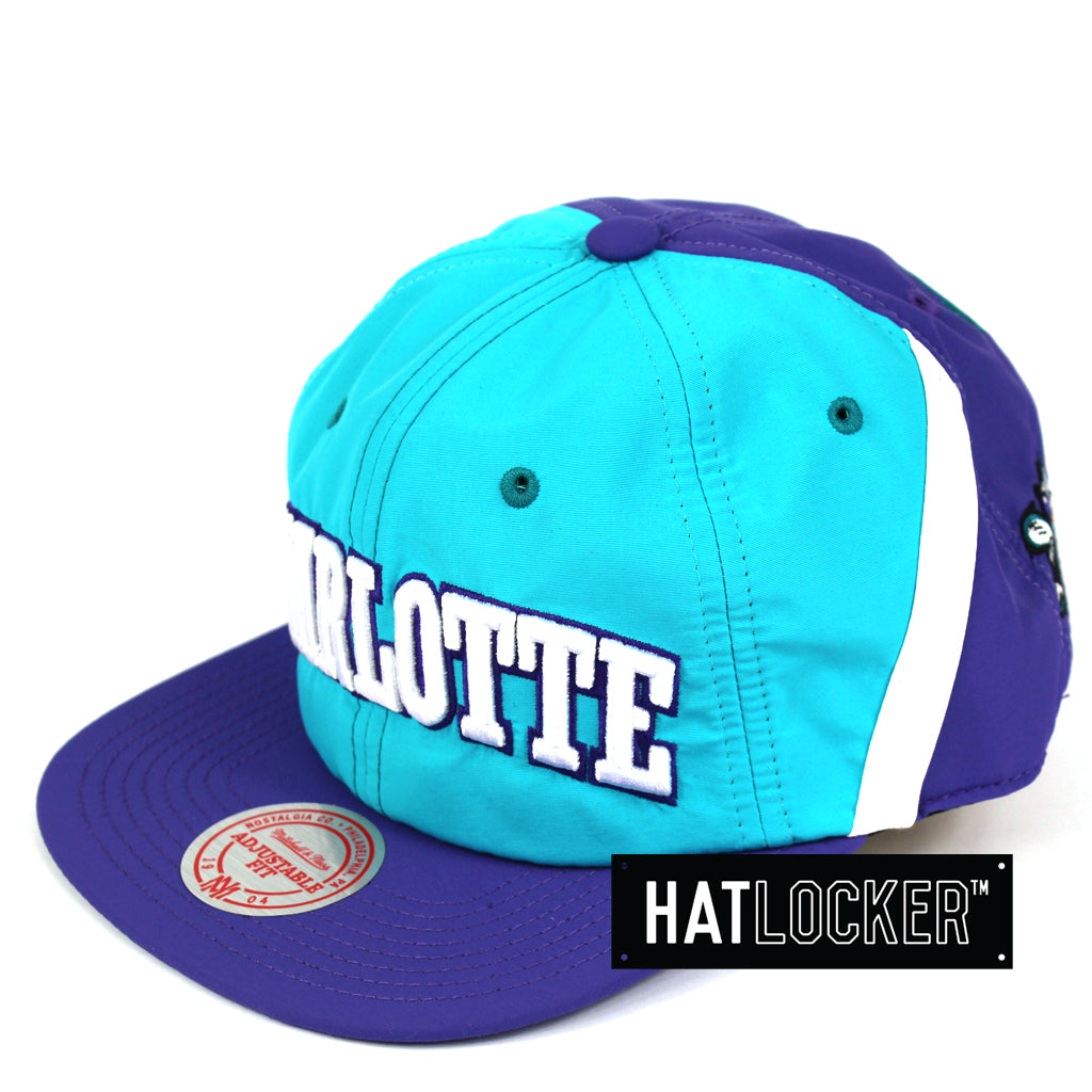 save off 295c5 20509 ... sale mitchell ness charlotte hornets anorak snapback cap 3216a d0f5b ...