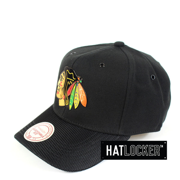 Mitchell & Ness - Chicago Blackhawks Carat Curved Snapback