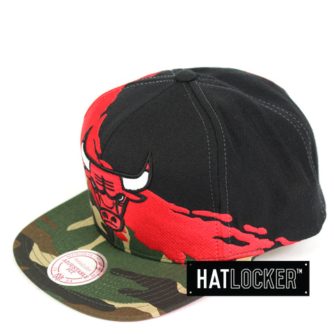 Mitchell & Ness Chicago Bulls Camo Paintbrush Snapback Hat