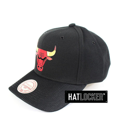 Mitchell & Ness - Chicago Bulls Carat Curved Snapback