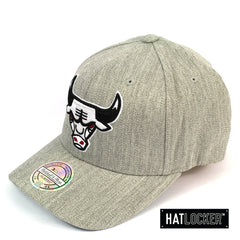 Mitchell and Ness Chicago Bulls HWC Heather Curved Snapback Hat