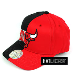 Mitchell & Ness Chicago Bulls Half Logo Curved Snapback Cap
