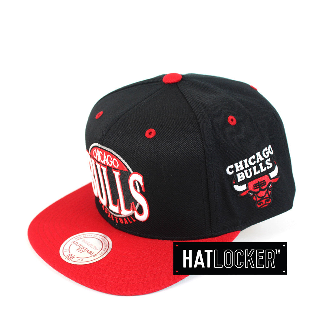 Mitchell   Ness - Chicago Bulls On The Spot Snapback 8cf97203a41