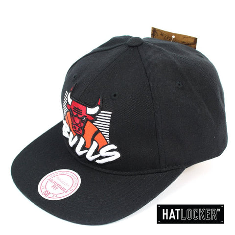 Mitchell and Ness Chicago Bulls Retro Stack Black Snapback Cap