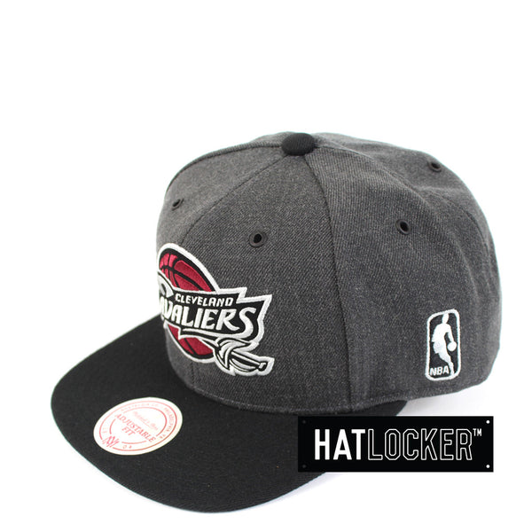 Mitchell & Ness - Cleveland Cavaliers G3 Logo Snapback