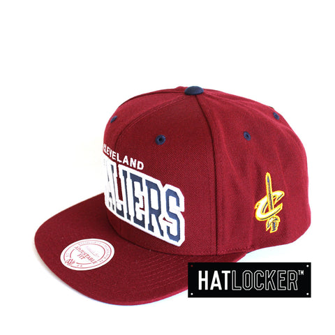 Mitchell & Ness - Cleveland Cavaliers Reflective Arch Snapback