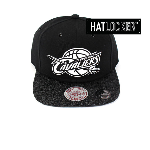 Mitchell & Ness - Cleveland Cavaliers Ultimate Snapback