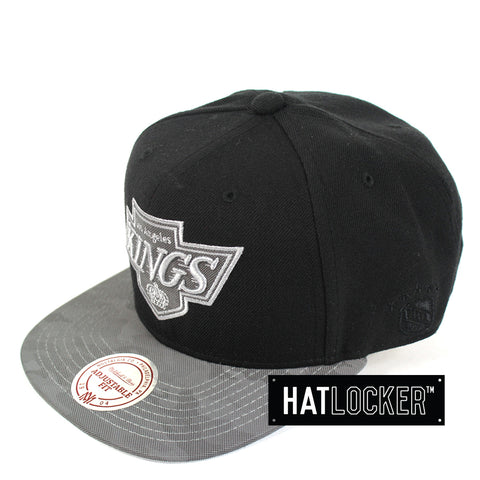Mitchell & Ness - LA Kings Reflective Camo Snapback