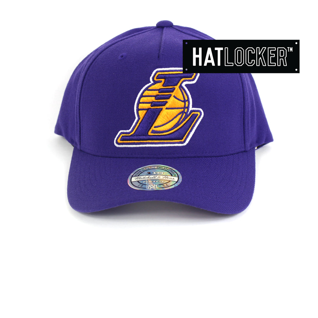 Mitchell   Ness LA Lakers 110 Retro Team Curved Snapback Hat 4907817cf42c