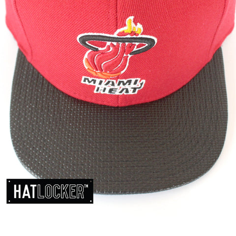 mitchell-ness-nba-miami-heat-carbon-fibre-snapback
