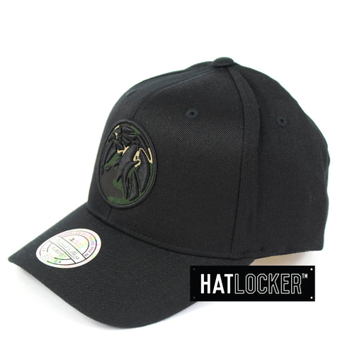 Mitchell & Ness Minnesota Timberwolves Black Camo Infill Curved Snapback