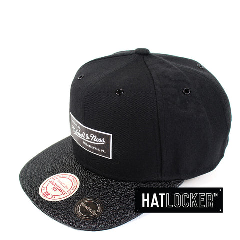 Mitchell & Ness - Branded Ultimate Snapback
