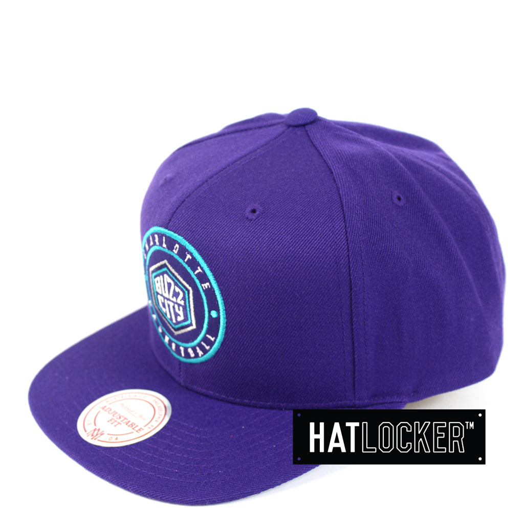 922077dba07 ... best price mitchell ness charlotte hornets twill circle patch snapback  ac9c4 9a7fb