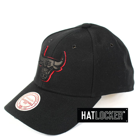 Mitchell Ness Chicago Bulls Filter 2 Curved Snapback Cap