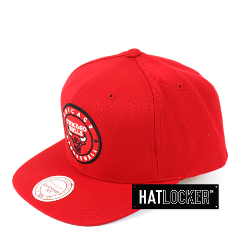 Mitchell & Ness - Chicago Bulls Twill Circle Patch Snapback