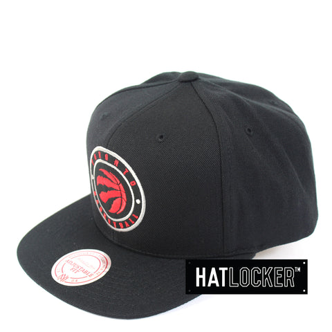Mitchell & Ness - Toronto Raptors Twill Circle Patch Snapback
