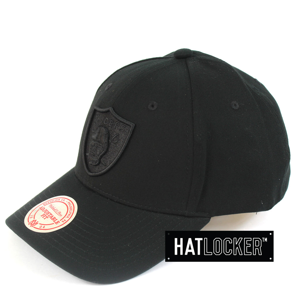 44f6451c Mitchell & Ness | NFL Oakland Raiders Low Pro Curved Snapback | Hat ...