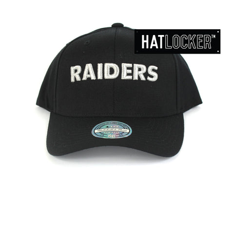 Mitchell & Ness Oakland Raiders Metallic Silver Curved Snapback Hat