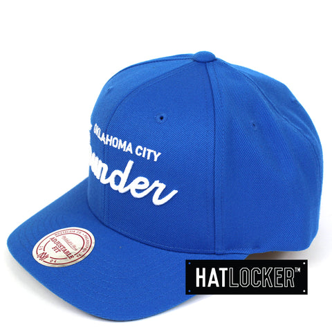 brand new b2538 1b646 Mitchell   Ness Oklahoma City Thunder Basic Script Curved Snapback